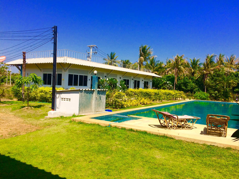 pool and accommodation muay thai camp